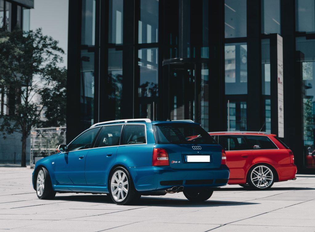 RS4 blau rot