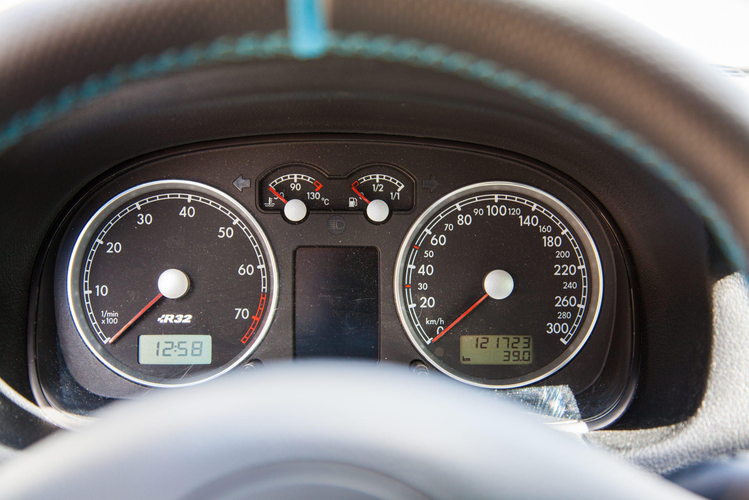 VW Golf 4 R32 Instrumente
